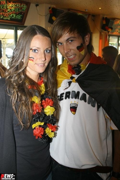ntoi_b1_fan-emotions_deutschland_vs_australien_gummersbach_30.jpg