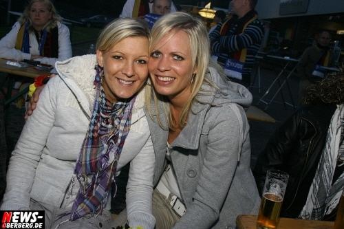 ntoi_b1_fan-emotions_deutschland_vs_australien_gummersbach_40.jpg