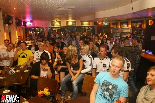 ntoi_b1_fan-emotions_deutschland_vs_australien_gummersbach_52.jpg