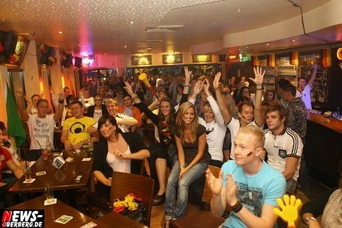 ntoi_b1_fan-emotions_deutschland_vs_australien_gummersbach_55.jpg