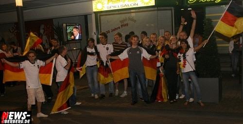 ntoi_b1_fan-emotions_deutschland_vs_australien_gummersbach_60.jpg