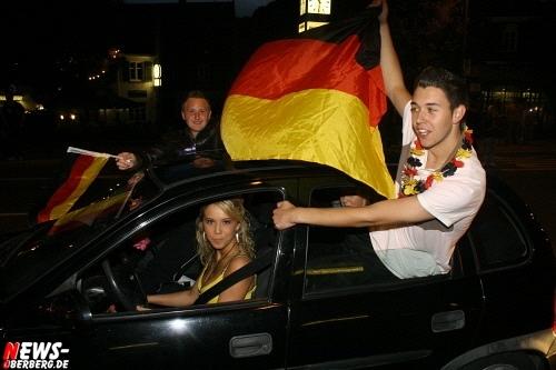 ntoi_b1_fan-emotions_deutschland_vs_australien_gummersbach_62.jpg