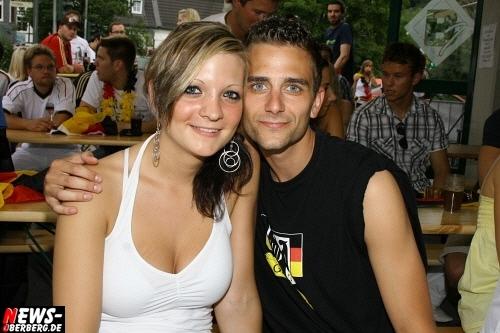 ntoi_b1_deutschland_argentinien_public-viewing_b1_gummersbach_01_08.jpg
