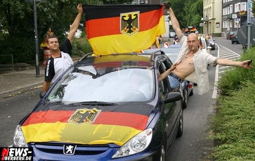 ntoi_b1_deutschland_argentinien_public-viewing_b1_gummersbach_2_04.jpg