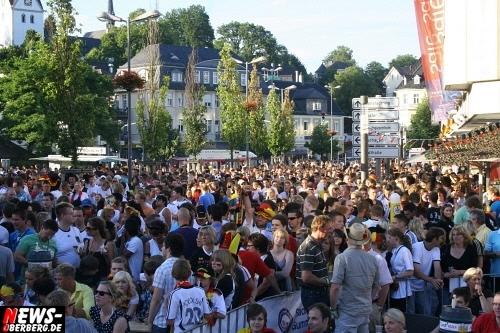 ntoi_gummersbach_public-viewing_brueckenstrasse_ger_esp_18.jpg