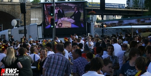 ntoi_gummersbach_public-viewing_brueckenstrasse_ger_esp_20.jpg