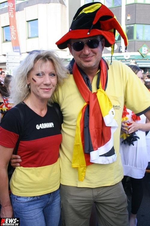ntoi_gummersbach_public-viewing_brueckenstrasse_ger_esp_23.jpg