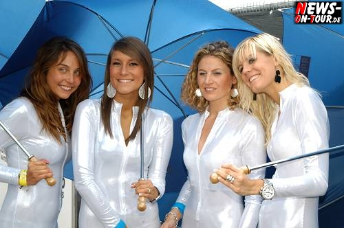 034_fia-gt1-wcc2010_girls.jpg