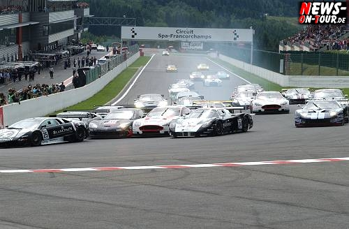 035_fia-gt1-wcc_start-in-spa-2010.jpg