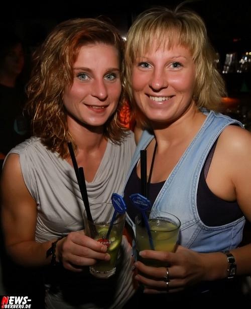 Gummersbach: Girls Only! Die B1-Girls bekamen am Fr. 27.08.2010 die ´Ladies Happy Hour´. Gute Stimmung im Oberbergischen Meetingpoint