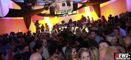 ntoi_radio-berg_u-30-party_dkdance_01.jpg