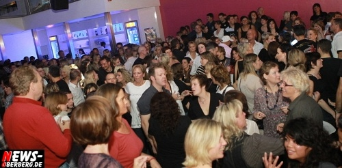 ntoi_radio-berg_u-30-party_dkdance_08.jpg