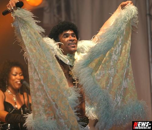Daddy Cool ist tot! Boney M. Star Bobby Farrell (61) leblos im Hotelzimmer aufgefunden. Legendäre niederländische Tänzer und Popstar trat einen Abend vorher noch in Sankt Petersburg auf