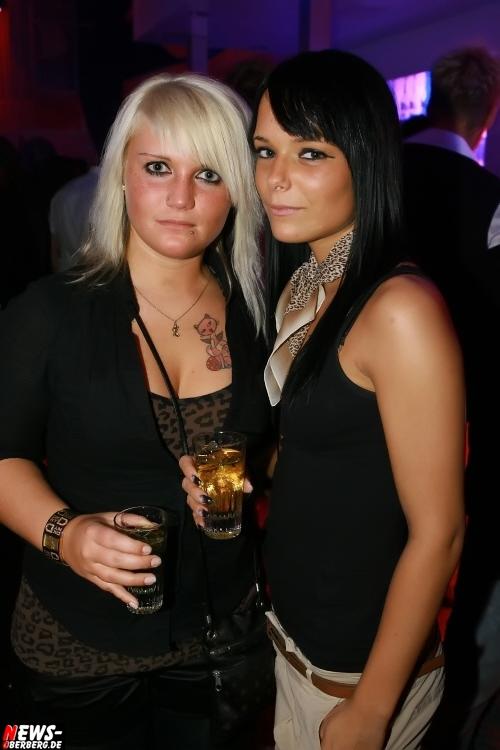 ntoi_dkdance_ladies-night_06.jpg