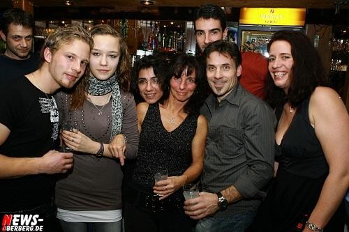 ntoi_b1_handballer-party_23.jpg