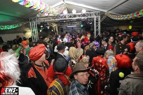 ntoi_u30-party_karneval_festzelt_gummersbach_09.jpg