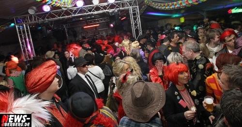ntoi_u30-party_karneval_festzelt_gummersbach_15.jpg