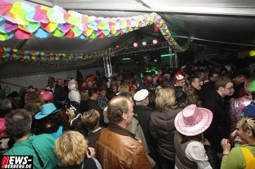 ntoi_u30-party_karneval_festzelt_gummersbach_40.jpg