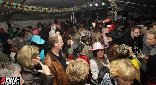 ntoi_u30-party_karneval_festzelt_gummersbach_42.jpg