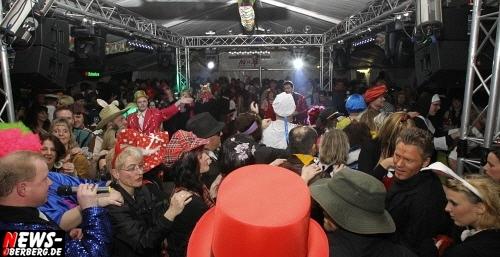 ntoi_u30-party_karneval_festzelt_gummersbach_44.jpg
