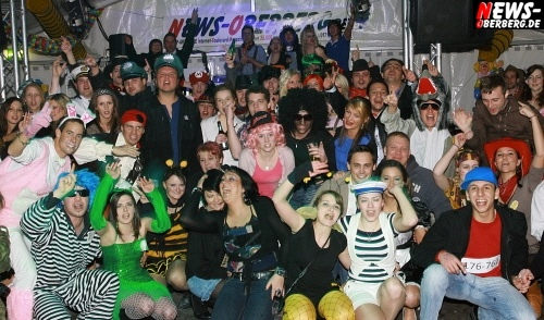 ntoi_festzelt-gm_karneval_tag4_07.jpg