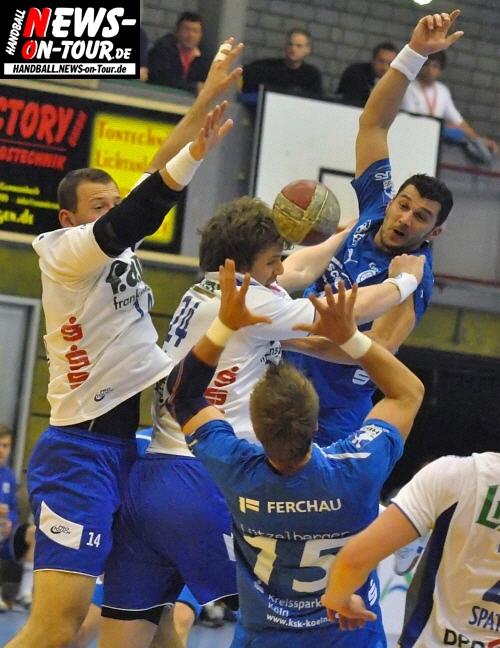Handball: Duell der Altmeister! Heimspielsieg des VfL Gummersbach gegen Grosswallstadt. Kein Schongang in der Bundesliga. Exklusives HD-Video vom Trainertalk (Pressekonferenz)