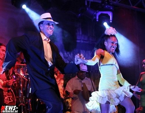 Pasion de Buena Vista! Die kubanische Tanzshow begeisterte die Wipperfürther Gäste in der Alten Drahtzieherei. Das Music & Dance Experience war ausverkauft
