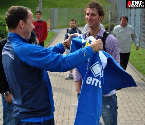 02_ntoi_vfl_gummersbach_saison-2011-2012_02.jpg
