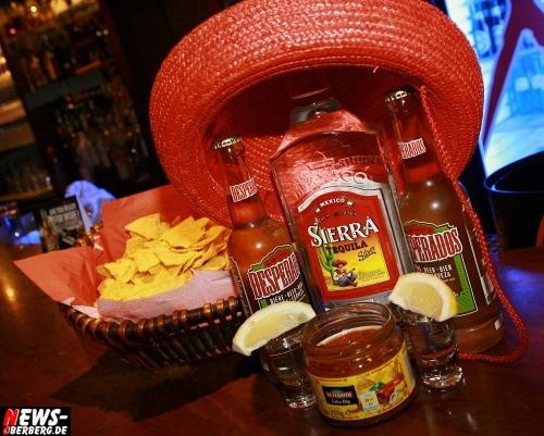 Gummersbach: Gute Stimmung zur La Mexico Noche Partynacht @B1 (Sa. 08.10.2011). DIE BILDER DES ABENDS! Exklusiv bei NEWS-Oberberg.de