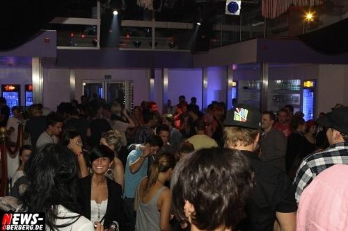 ntoi_lipstick-party_dkdance_gummersbach_30.jpg