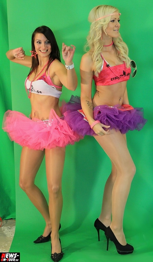 """Dancing Team"" crazy dolls sexy nylons Strumpfhose Lycra Pantyhose Girls junge Mädchen tanzen disco party video videoclip"