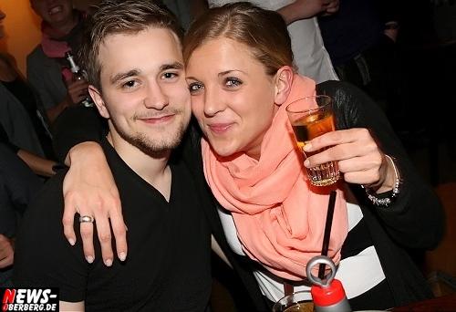 Oberbergischer Kreis (Gummersbach): ´We Love B1 Party!´ Und das B1 liebt Euch: Exklusive Bilder des Abends vom Sa. 26.11.2011 aus dem Oberbergischen Meetingpoint