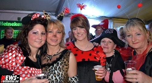 ntoi_karneval_gummersbach_festzelt_tag-01_071.jpg