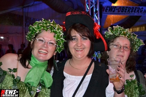 ntoi_karneval_gummersbach_festzelt_tag-01_083.jpg