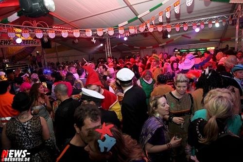ntoi_karneval_gummersbach_festzelt_tag-02_038.jpg
