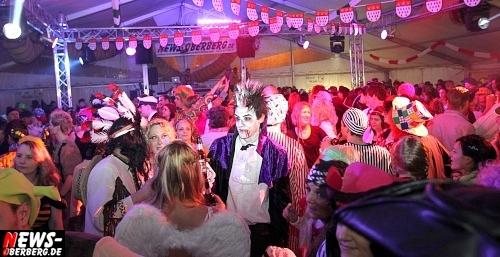 ntoi_karneval_gummersbach_festzelt_tag-02_044.jpg