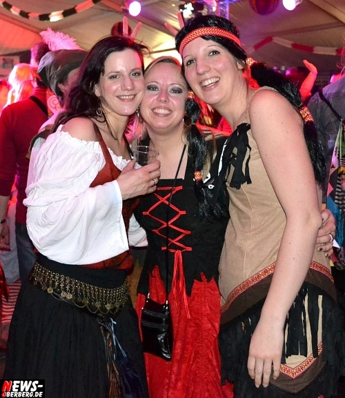 ntoi_karneval_gummersbach_festzelt_tag-02_071.jpg