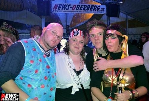 ntoi_karneval_gummersbach_festzelt_tag-02_081.jpg