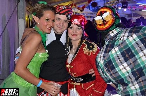 ntoi_karneval_gummersbach_festzelt_tag-02_084.jpg