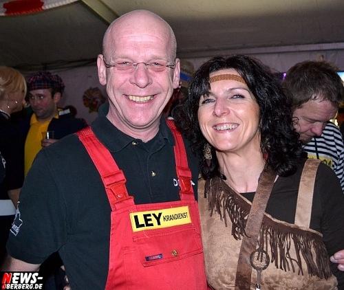 ntoi_karneval_gummersbach_festzelt_tag-02_094.jpg