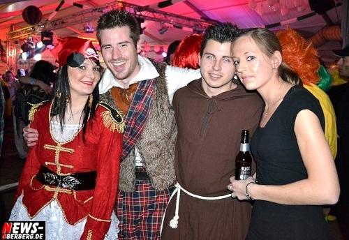 ntoi_karneval_gummersbach_festzelt_tag-02_102.jpg