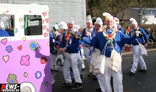 ntoi_treppchen_ruenderroth_karnevalszug_61.jpg