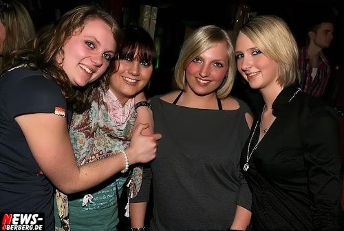 ntoi_b1_ladies-night_03.jpg