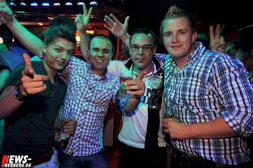 red-bull-schiffchen-party_b1_gummersbach_06.jpg
