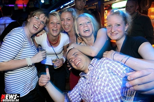 red-bull-schiffchen-party_b1_gummersbach_08.jpg