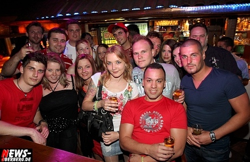 red-bull-schiffchen-party_b1_gummersbach_21.jpg