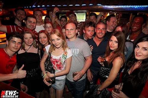 red-bull-schiffchen-party_b1_gummersbach_26.jpg