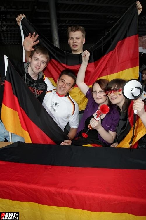 em-2012_fussball_deutschland_griechenland_viertelfinale_01.jpg