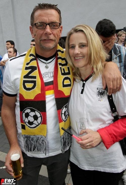em-2012_fussball_deutschland_griechenland_viertelfinale_10.jpg