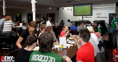em-2012_fussball_deutschland_griechenland_viertelfinale_13.jpg